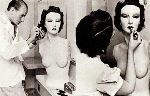 1930s-fashion---Grace-the-mannequin-1937