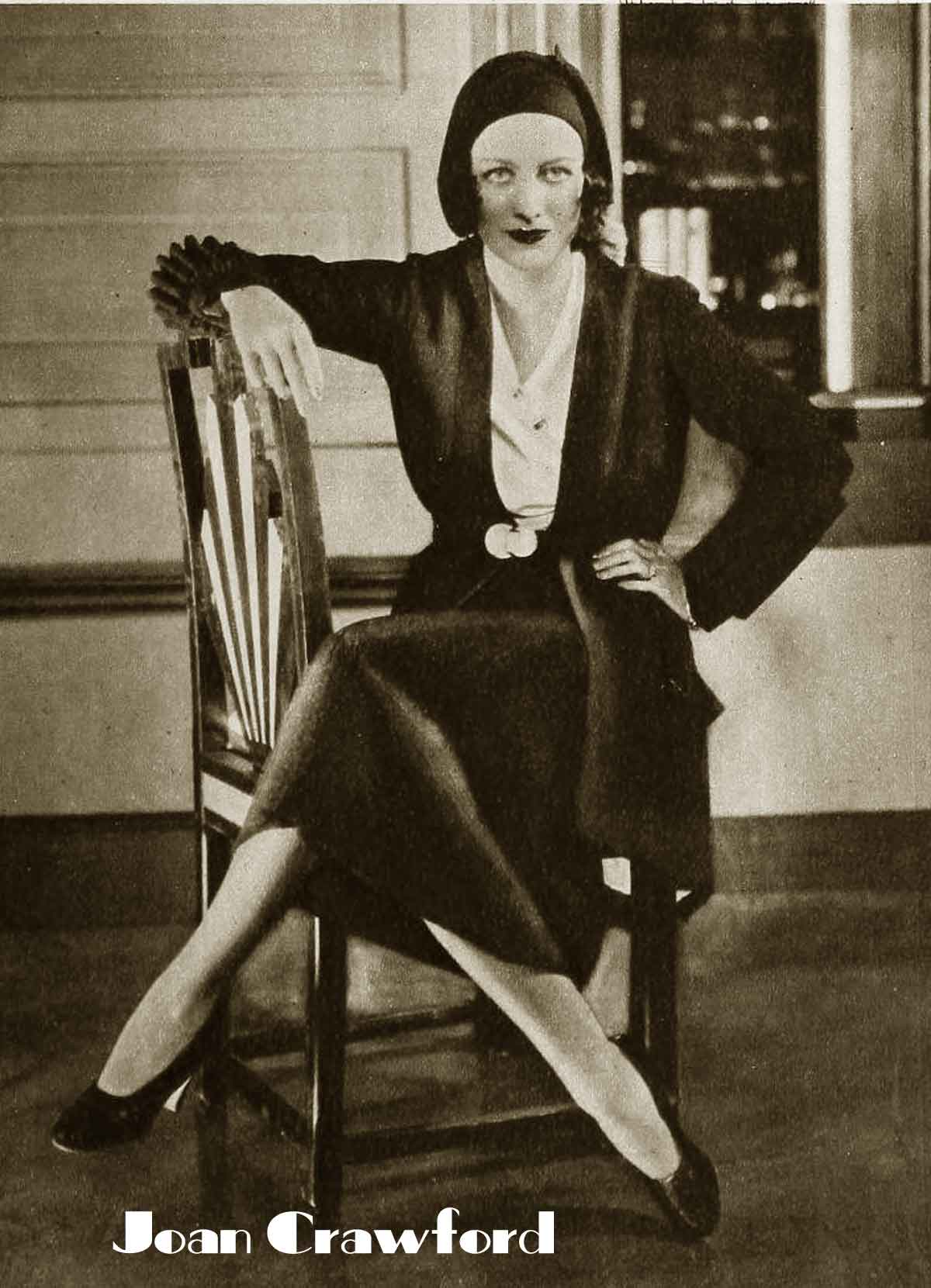 1930s-Fashion---Hollywood-Winter-Wardrobe---Joan-Crawford
