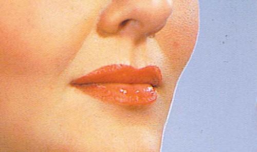 1940s-lipstick-tutorial-with-Mary-Martin1b