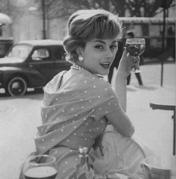 1954-Marie-Helene-Amaud---Paris-cafe