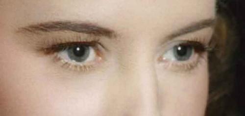 Barbara-Stanwyck---grey-blue-eyes
