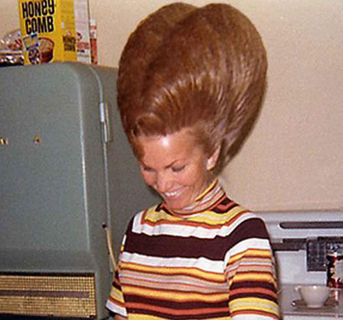 When Beehive Hairdos Ruled The Earth Glamourdaze