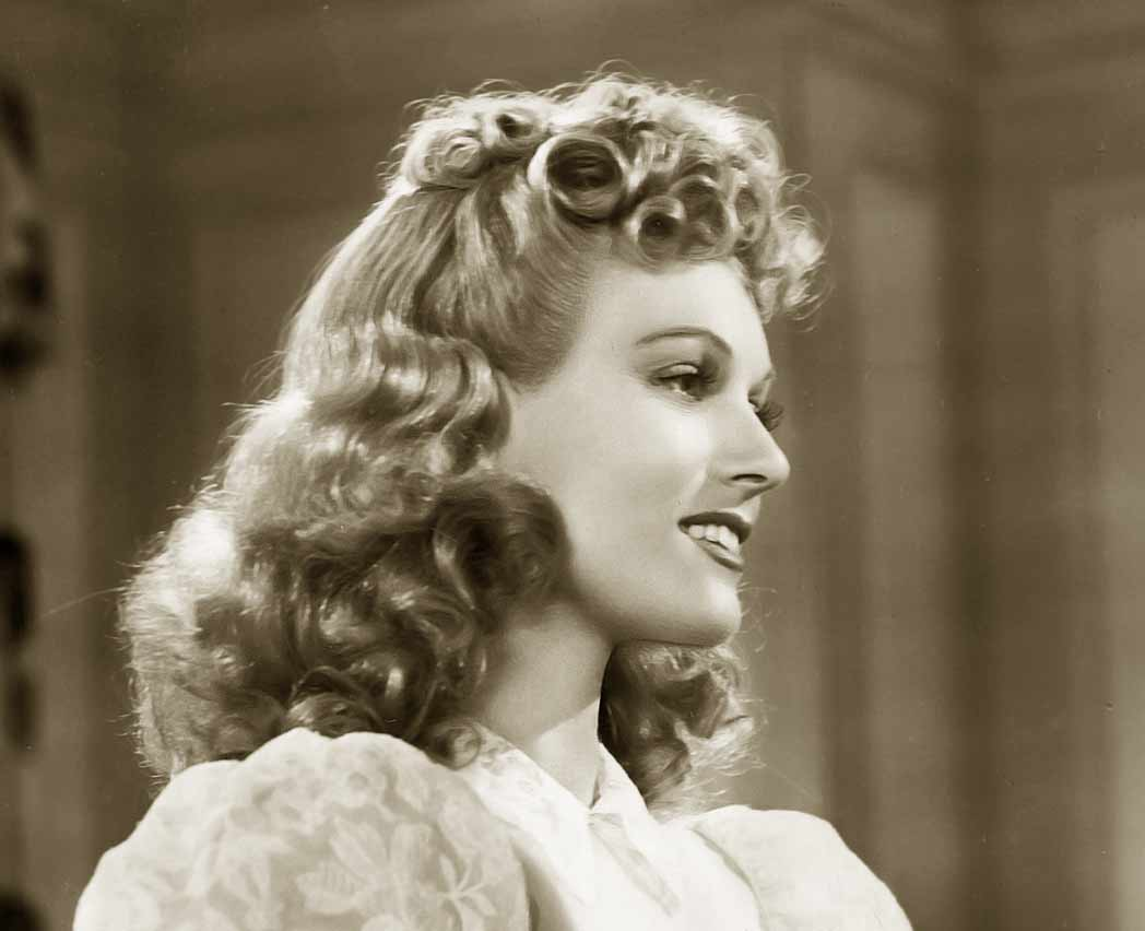 1940s Hairstyle – Copy The Top Hairdos Of 1941