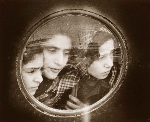Jewish-refugees-from-Iraq---Ruth-Orkin