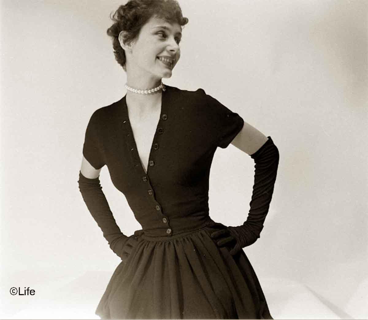 Owen-Morgan---black-crepe-dress-1948