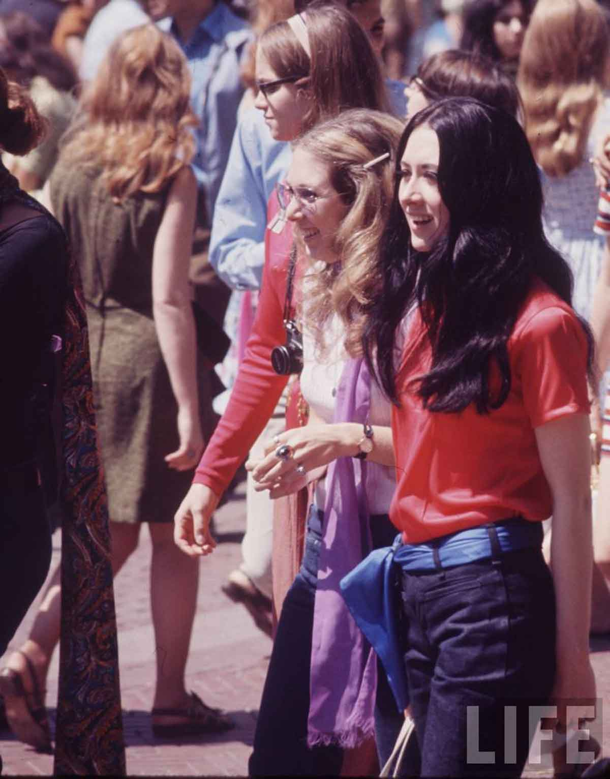 1960s-Fashion---The-New-York-Look-1969-g