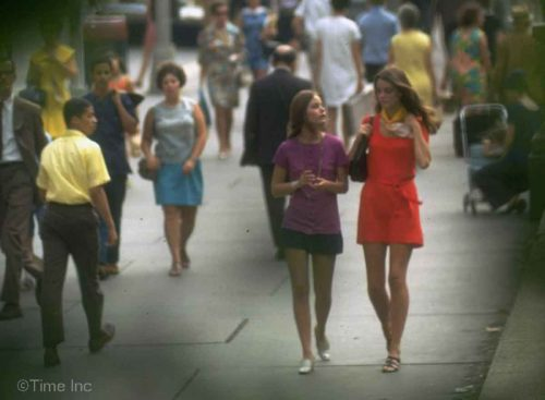 1960s-Fashion---The-New-York-Look-1969-j