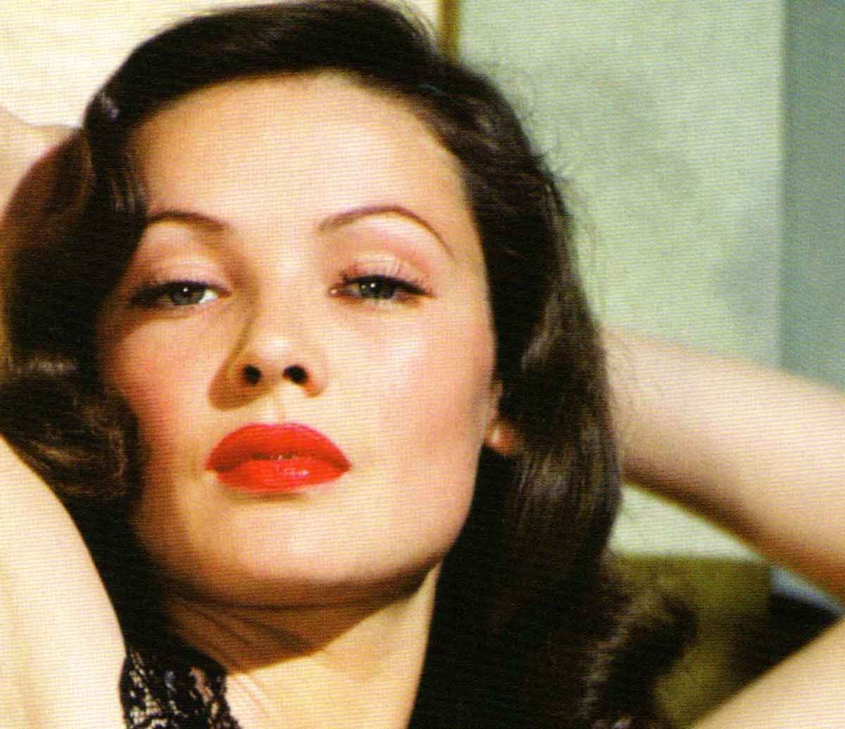 3-gene-tierney-Top Ten Most Beautiful 1940s Women