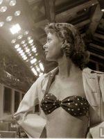 Woman-in--French-Bikini---Atlantic-City-1948
