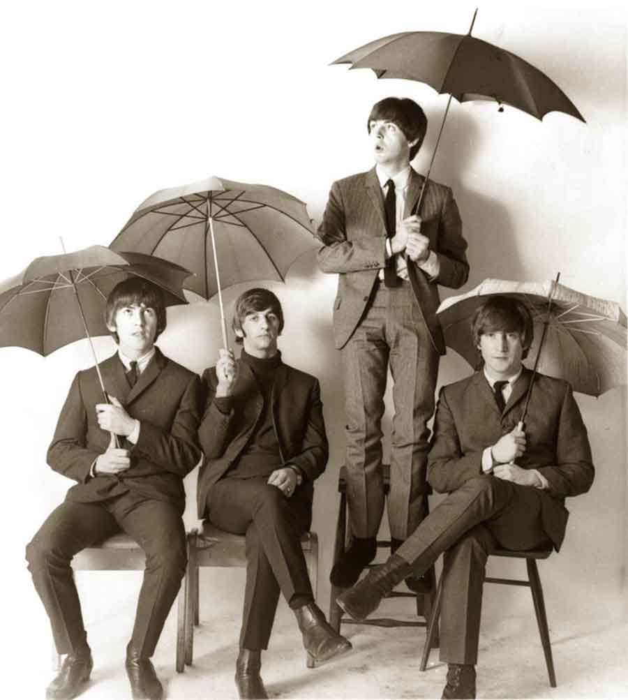 beatles-umbrella-rain