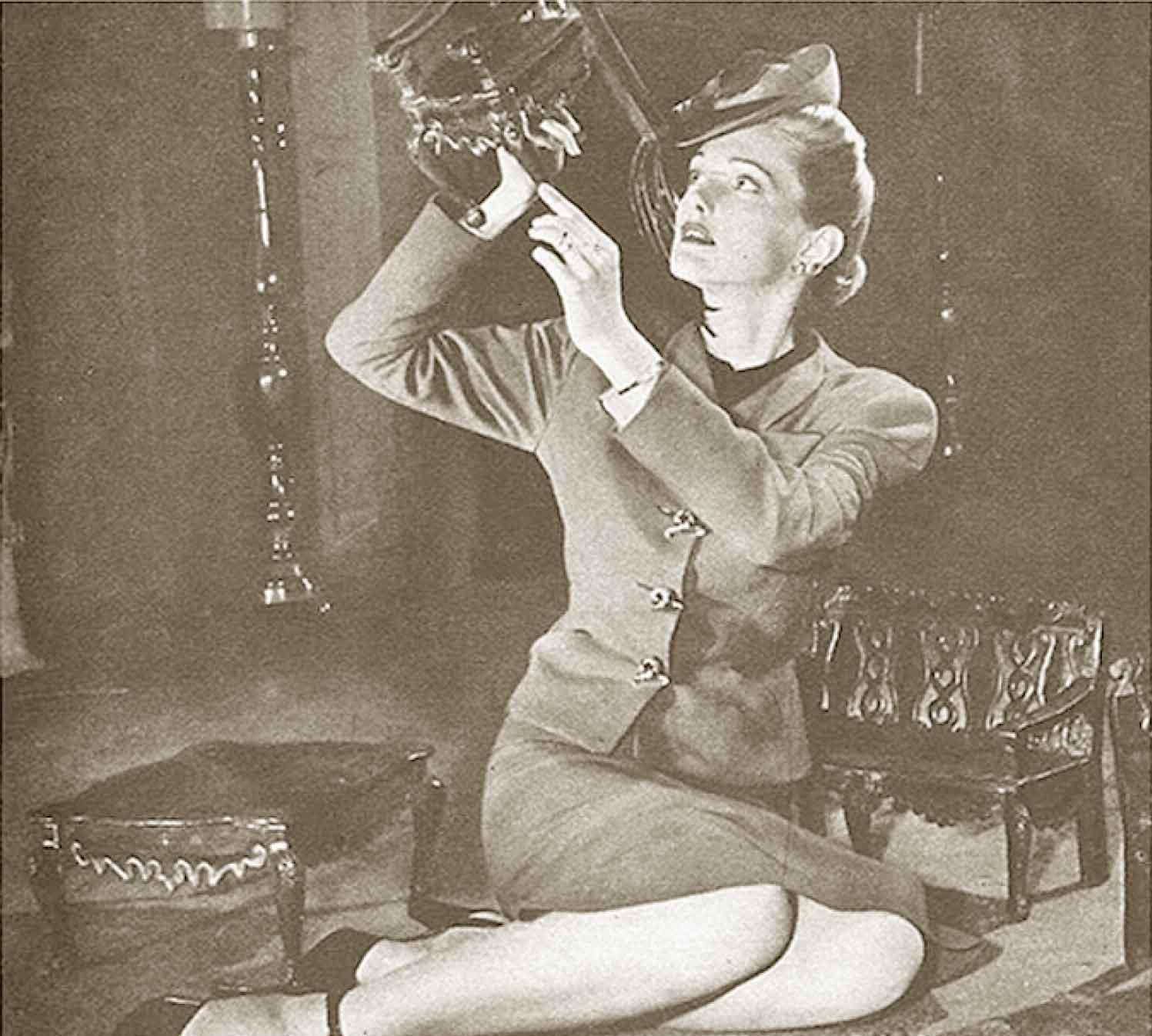 1940s-fashion---Slim-Wartime-Silhouette-