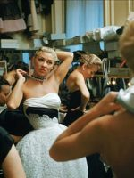 Backstage-at-a-Christian-Dior--show-1954---Mark-Shaw