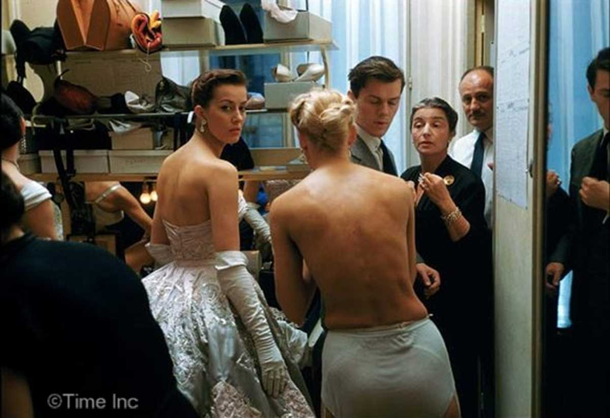 Backstage Photos Of 1954 Paris Fall Collection Glamourdaze