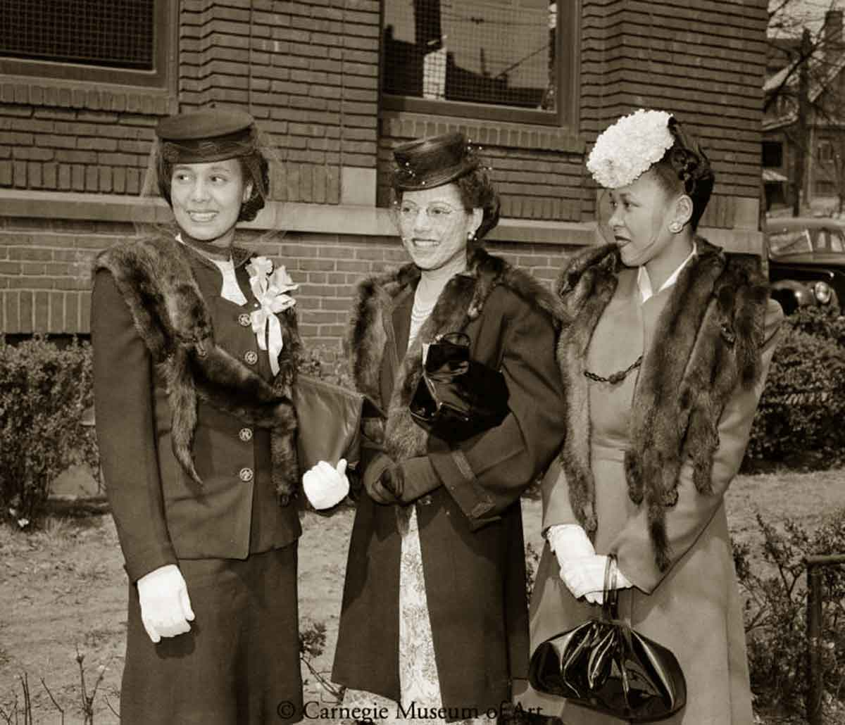 Edith Moore,Helen Bolden, and Dorothy Anderson-1945