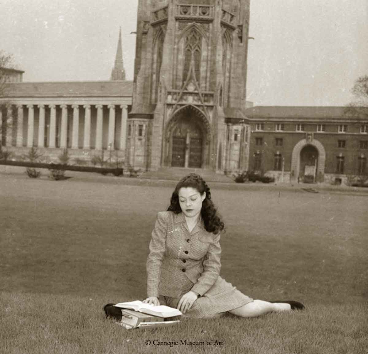 1940s Black Fashion - Teenie Harris - University-of-Pittsburgh-1945