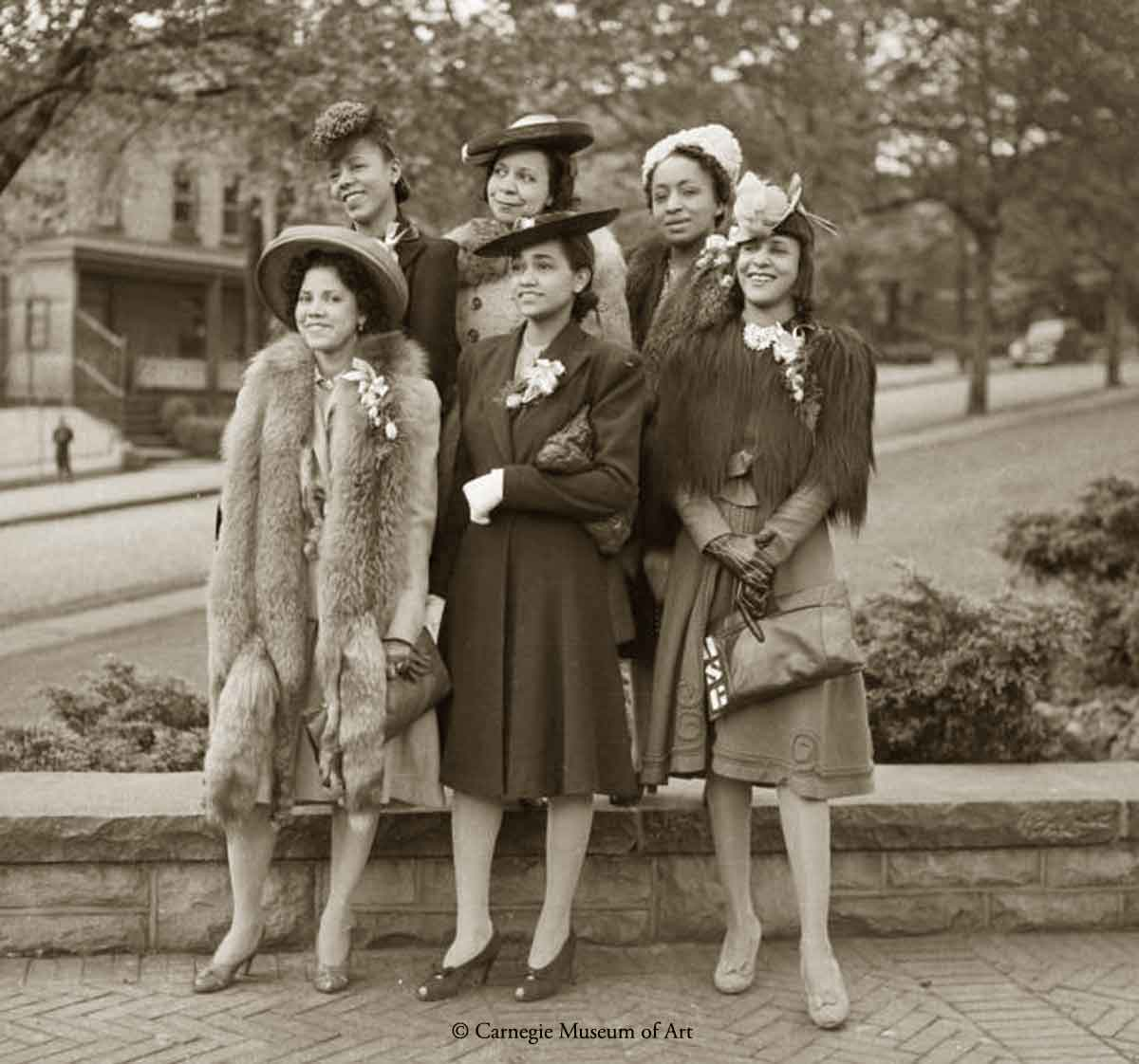 1940s Black Fashion -Members-of-Chesterfield-Girls-1941