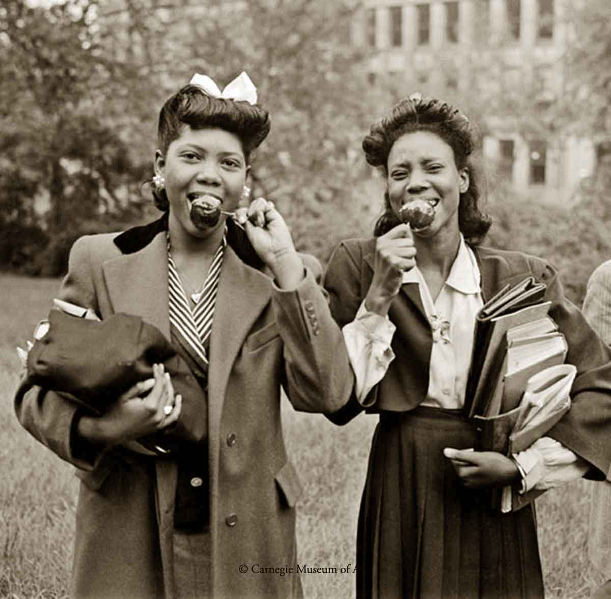 1940s Black Fashion -Schenley-High-School-students-1945