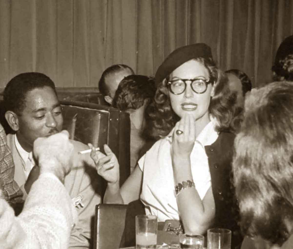 1940s Girls who wear glasses - Ava Gardner