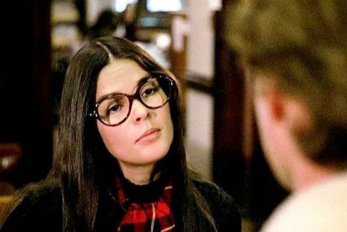 10-movie-glasses-ali-mcgraw-love-story-1970