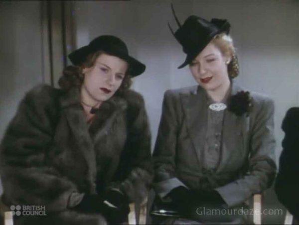 1940s hats - London 1941