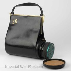 handbag-to-gas-mask-iwm