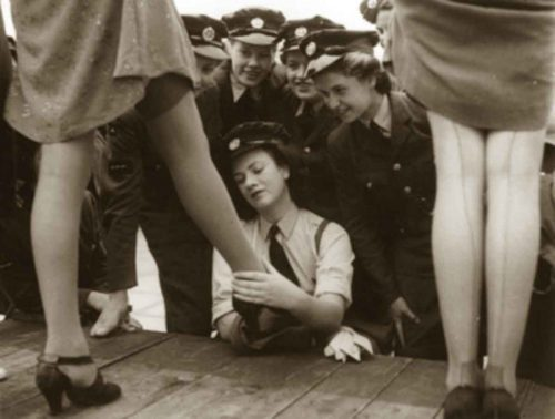 Nylon stockings arrived in Britain with the Allied troops in 1944