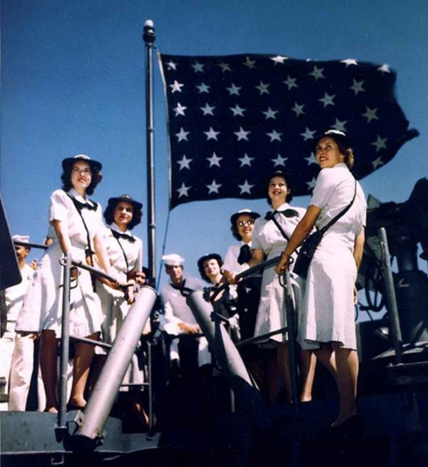 waves-on-the-uss-missouri-1944