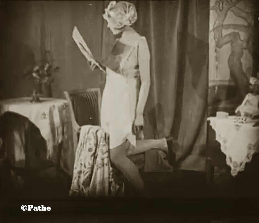 1910s-fashion-parisian-lingerie-in-1916-c
