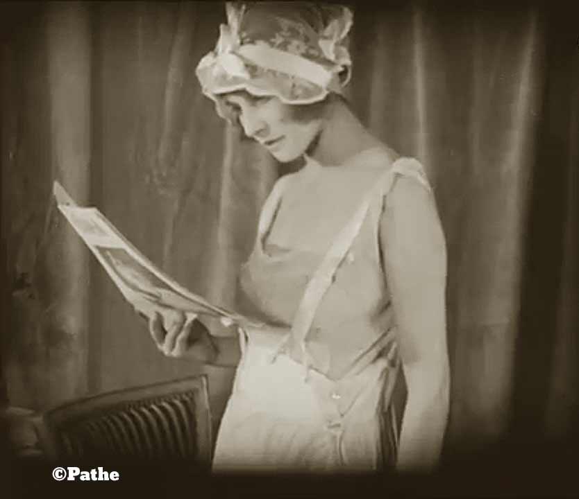 1910s-fashion-parisian-lingerie-in-1916-d