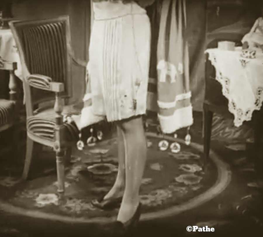 1910s-fashion-parisian-lingerie-in-1916-e
