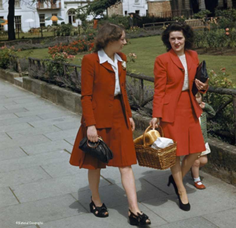 Color Photos of War Era Women in the 1940s England - J-Baylor-Roberts