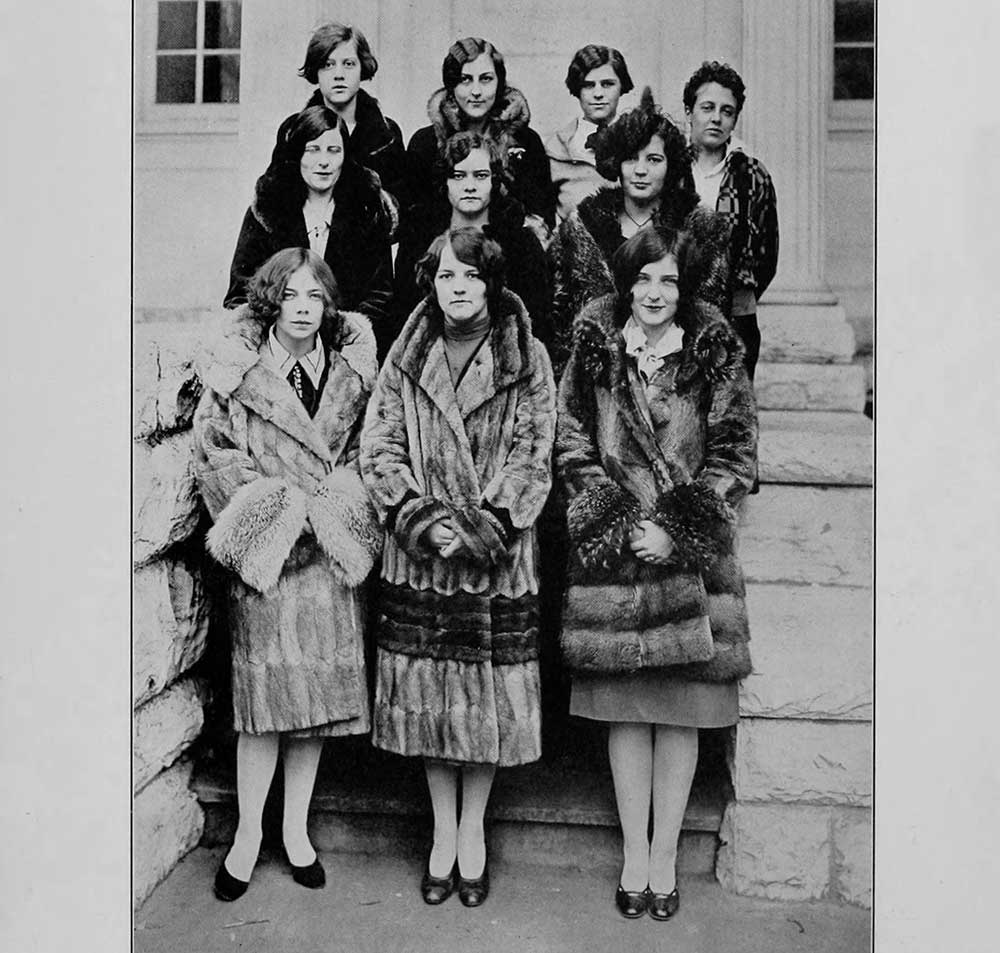 1920s college girl hairstyles glamour daze