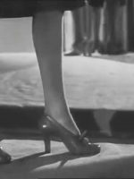 1940s-Post-War-Shoes-Fashion-Show-4