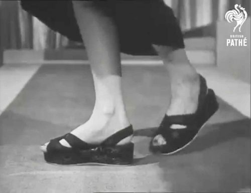 1940s-Post-War-Shoes-Fashion-Show-Chinese sandals