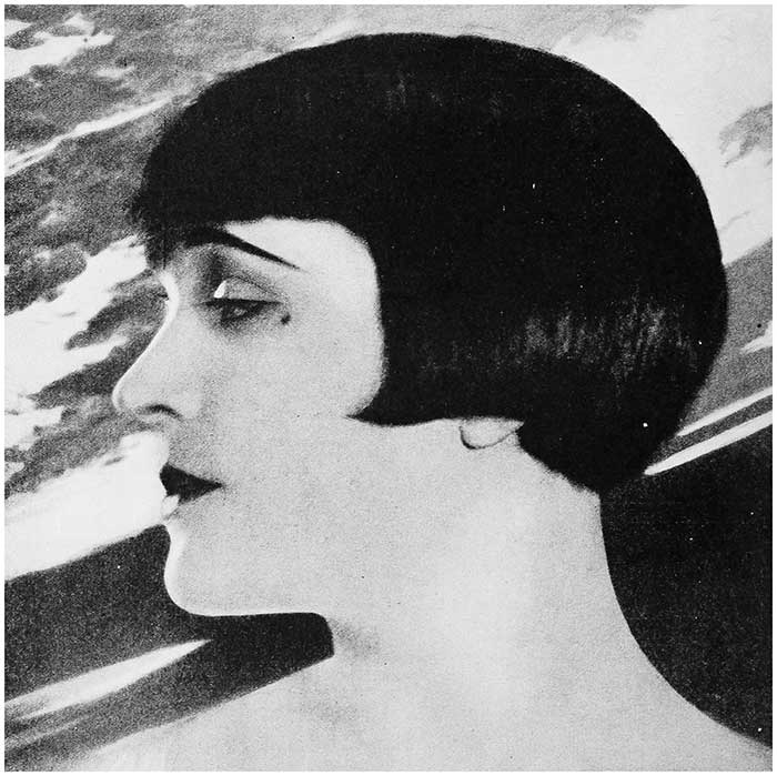 1920's Hairstyles for Face Shapes - Pola Negri
