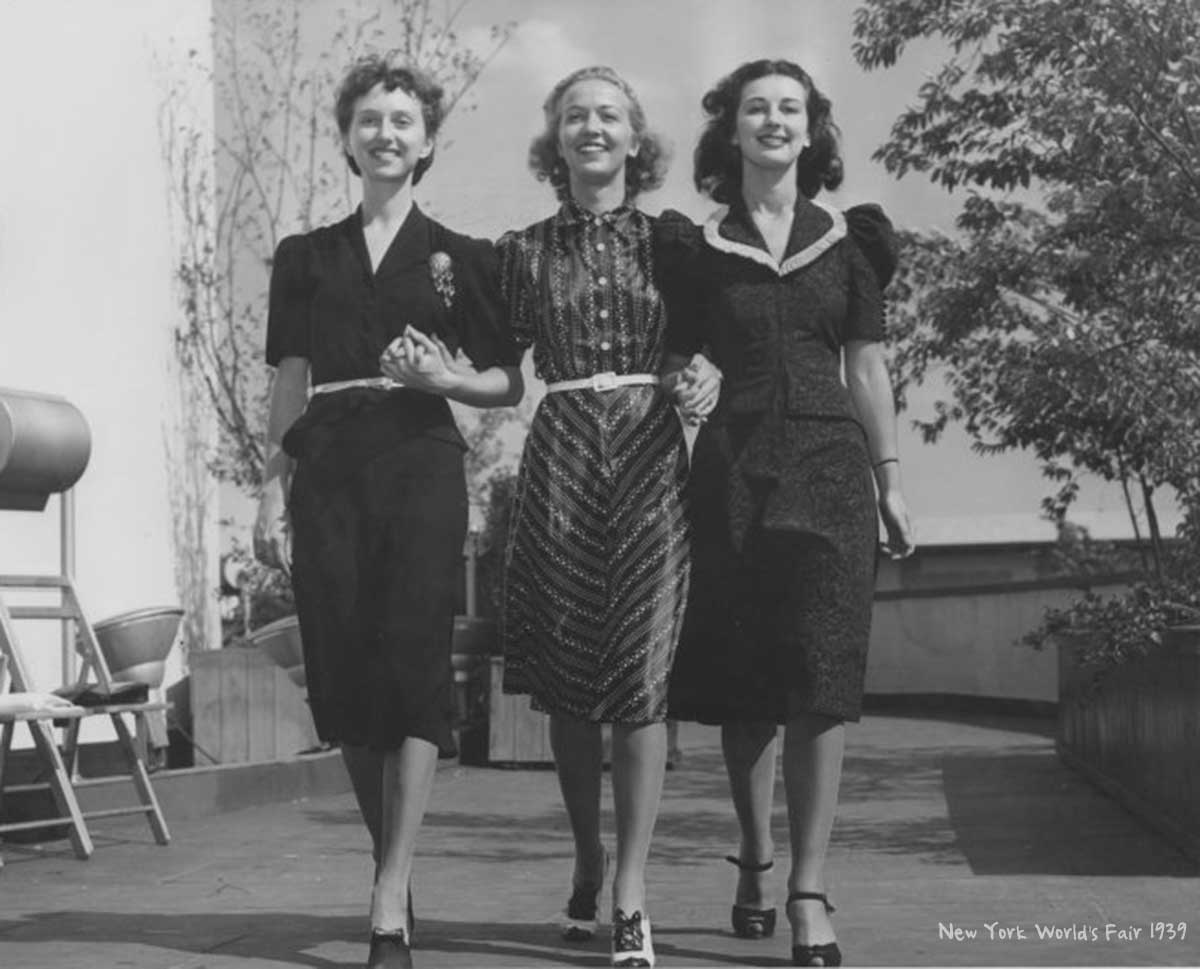 fashion in the 1940s Explore the history of fashion in the early- to mid-20th  history of fashion 1900 - 1970  by 1940s men were wearing lounge suits with a pullover in place of a.