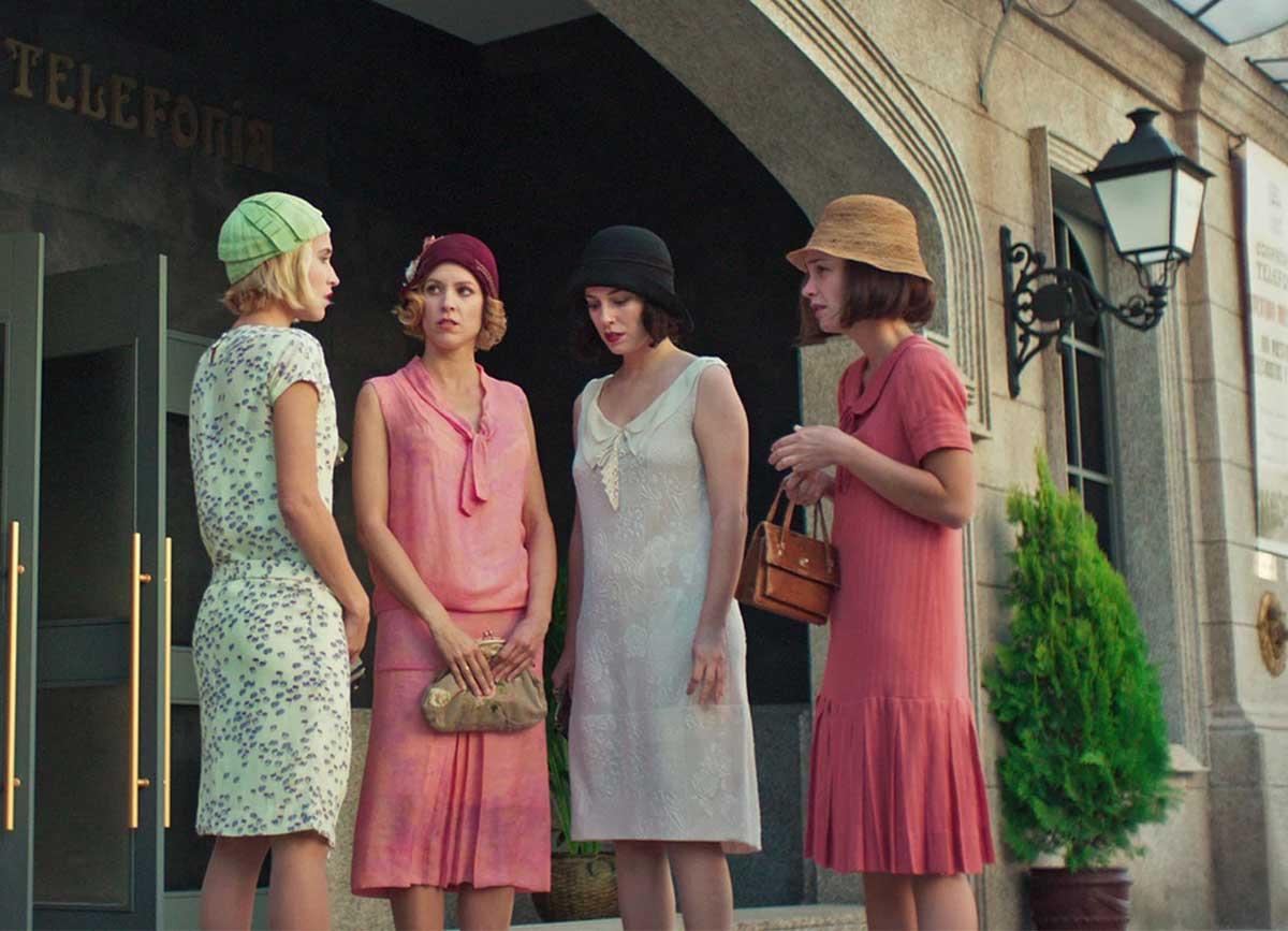 Ana Maria Polvorosa Hot cable girls - 1920s era women with a modern twist | glamour daze