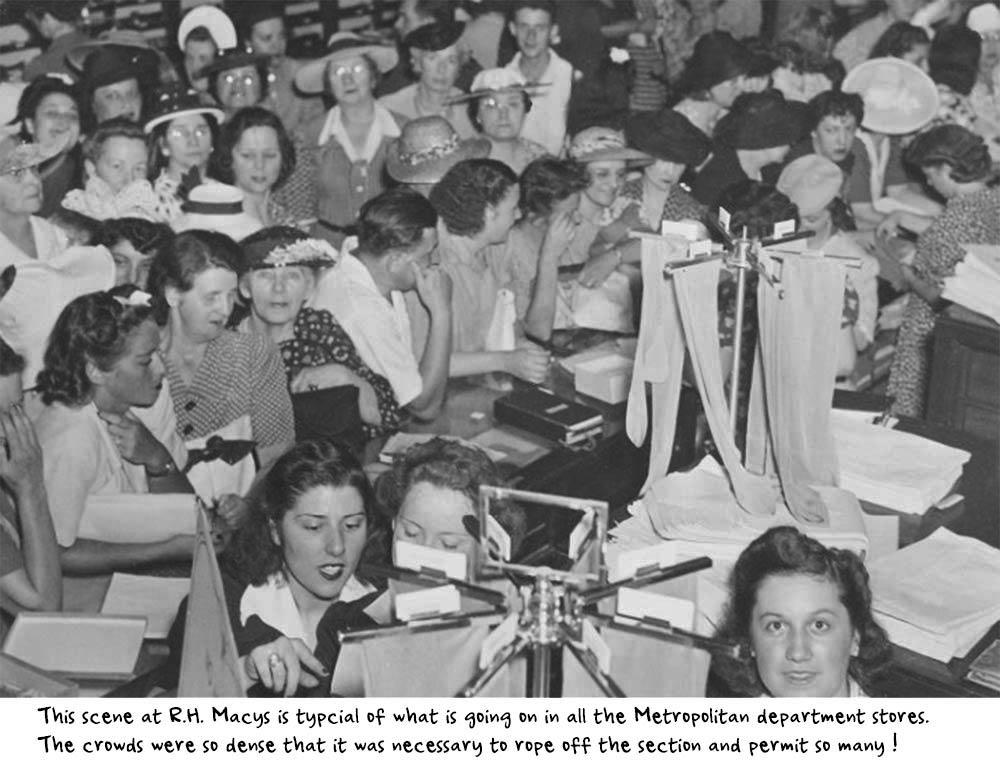 Macys-New-York---Huge-crowds-throng-for-Nylon-stockings