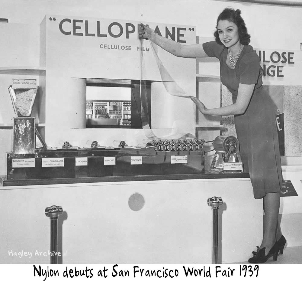 Nylon-Stockings-debut-at-San-Francisco-World-Fair-1939