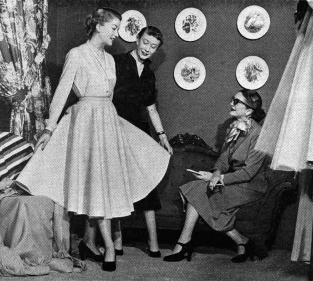 1950-Guide-to-being-a-Fashion-Model-