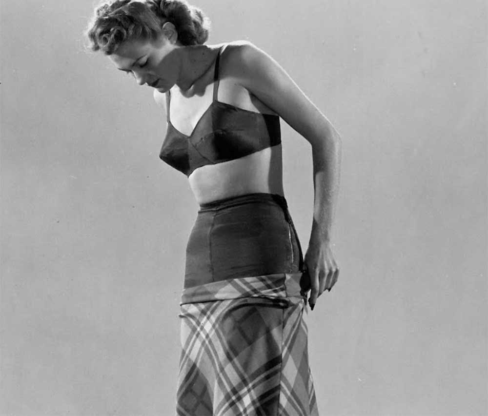 1948-Guide-to-Foundation-wear-bra-and-girdle-and-skirt-1942