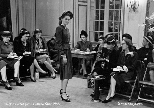 Hattie-Carnegie-Fashion-Show-in-1945