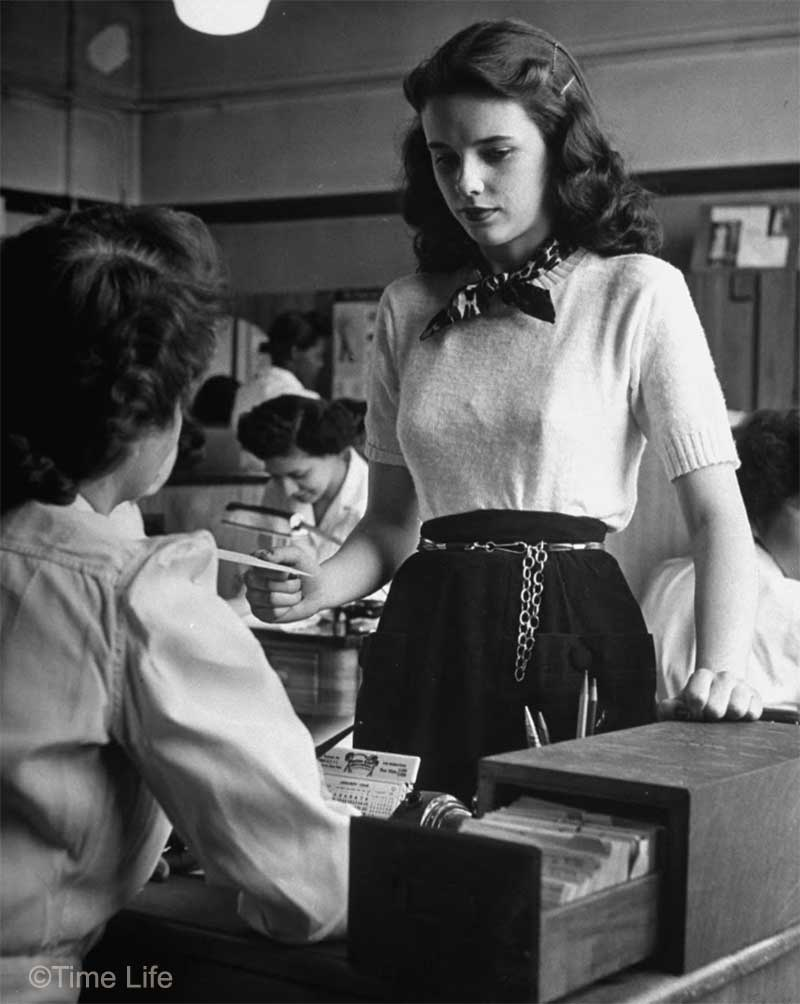 1940s-College-Style - short sleeved sweater