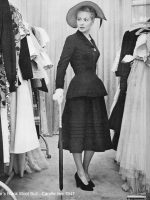 Dior-Black-Wool-Suit-Carolle-line-1947