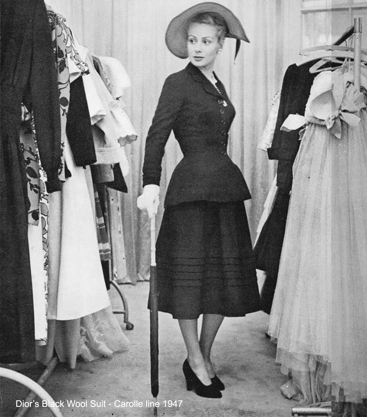 Dior-Black-Wool-Suit-Corolle-line-1947