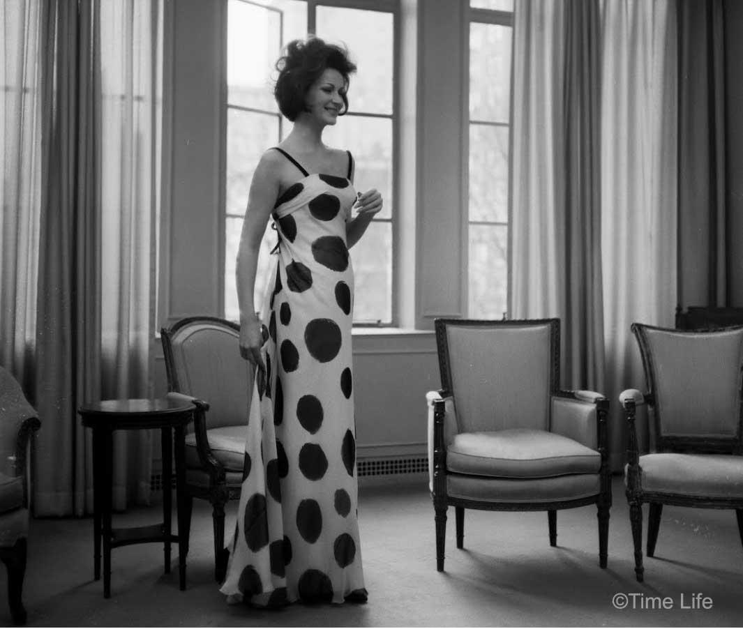 4-Bergdof-Goodman-Paris-Fashion-copies 1962