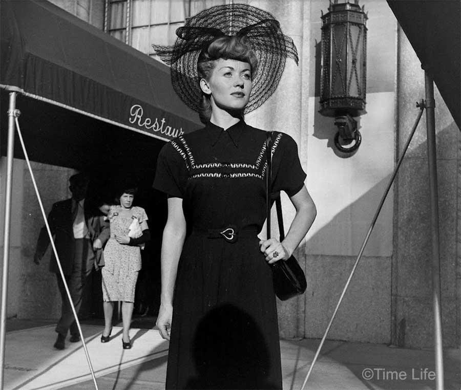 A-Post-War-Paris-Girl-1946