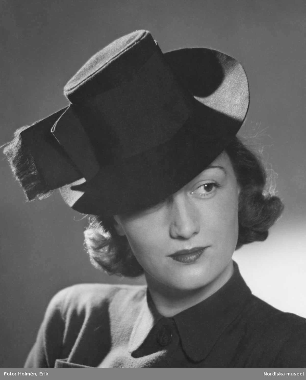 1941 ladies riding hat