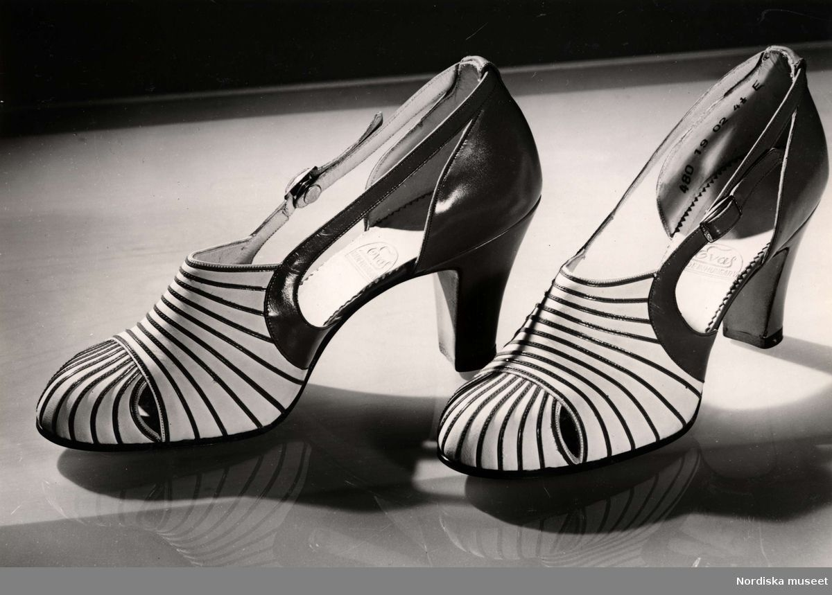 Wartime Shoe Styles From 1940 To 1945