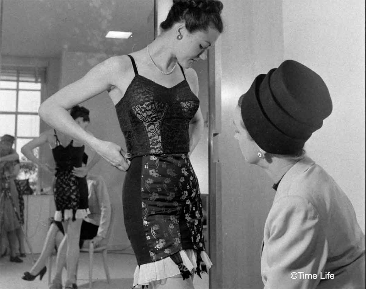 Neiman-Marcus---The-1940s-US-Fashion-Store
